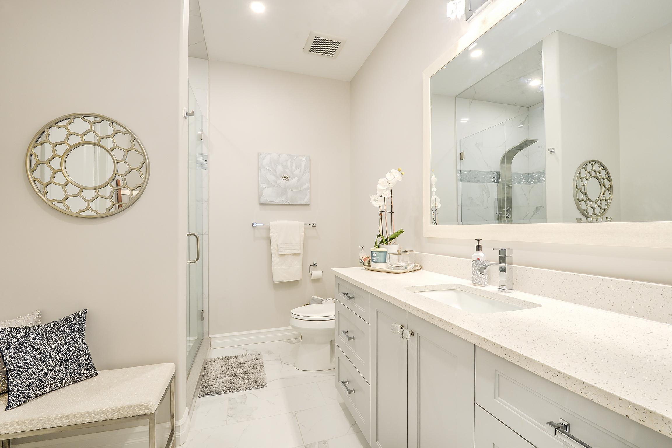New Millennium Homes Bathroom